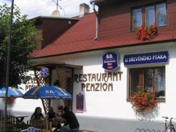 Penzion a restaurant u Dřevěného ptáka
