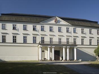 Restaurace a hotel Červený zámek