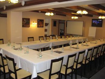 Hotel Mánes s.r.o.