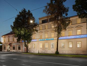 Hotel Nikolas***
