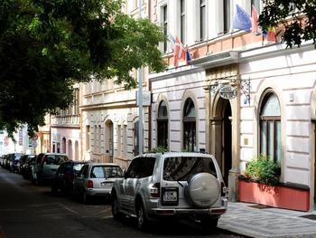 Hotel Petr Garni
