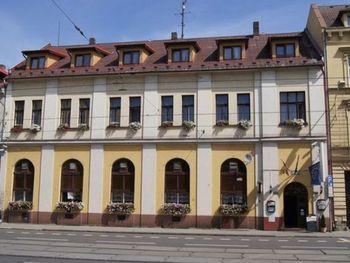 Hotel Max s.r.o.
