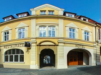 Hotel u Hradu