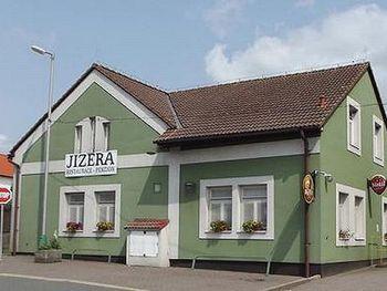 Restaurace - penzion Jizera