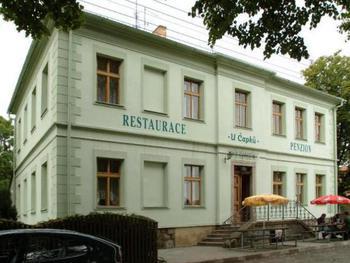 Penzion a restaurace U Čapků
