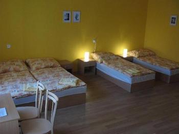 Hostel Altis