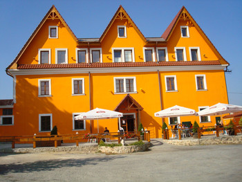Hotel Vyžlovka, Ekozym s.r.o.
