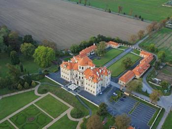 Zámecký hotel Liblice - konferenční centrum AV ČR