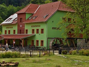 Rekreační středisko Hálův mlýn