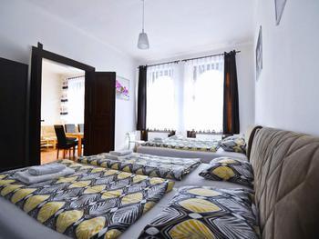 RR Apartments