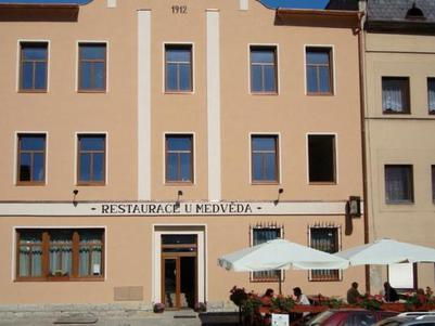Restaurace U Medvěda -Roubenka Stárkov