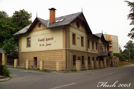 GOLF HOTEL ŠILHEŘOVICE, spol. s r.o. foto 1