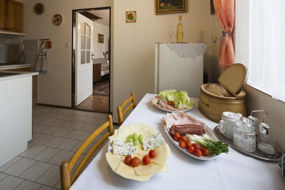 Apartmán Pod schůdky - ukázka potravin na snídani