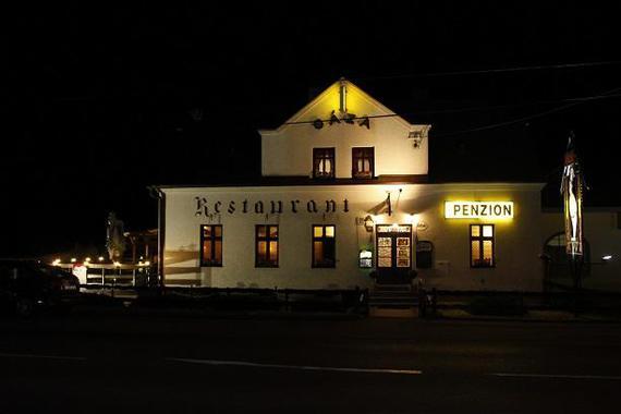 Penzion Restaurant Oáza - Ing. Jaromír Šavelka foto 9