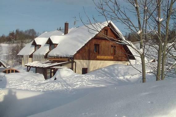 zimní Chata pod Kapličkou