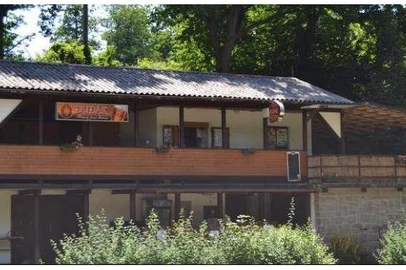 Autokemp a chatová osada Podskalí - vodácké tábořiště foto 1