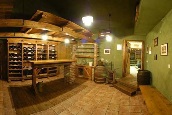 Hotelový archív vína