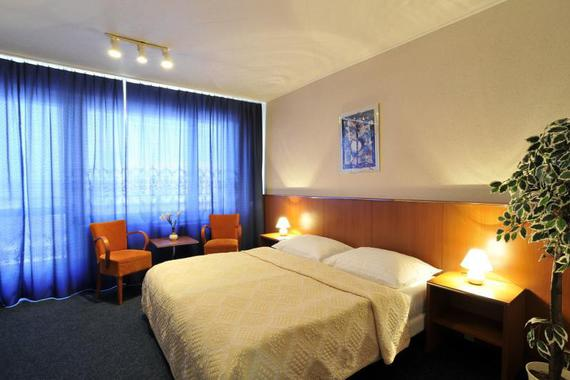 Hotel Krystal foto 2
