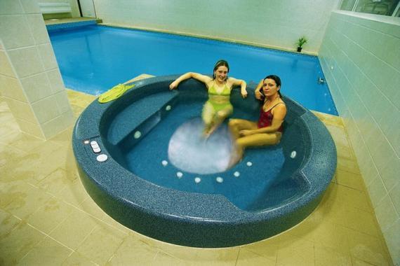 whirpool s bazénem
