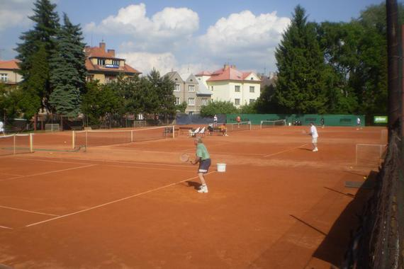 anutkové tenisové dvorce č. 1 - 4
