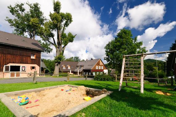 Na Stodolci-dětské hřiště