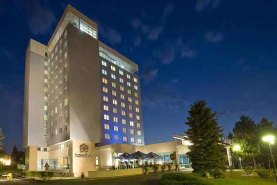Hotel Flora foto 1