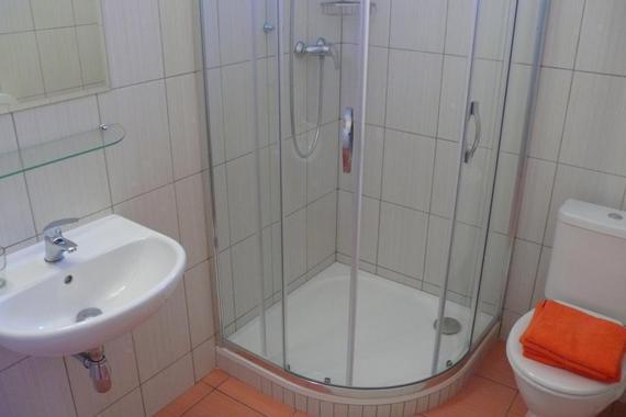 koupelna s WC na pokoji