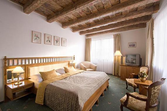 Hotel U 3 PŠTROSŮ foto 4