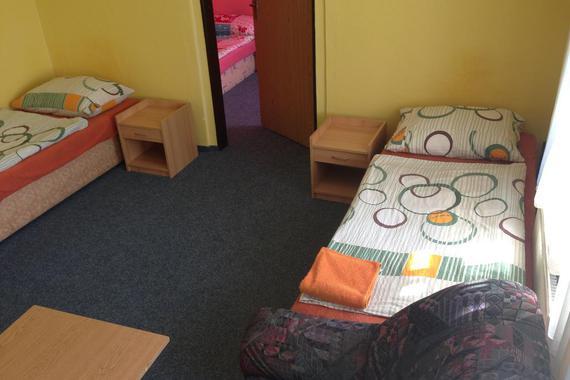 Ubytování Hostinné - levné krátkodobé i dlouhodobé foto 11
