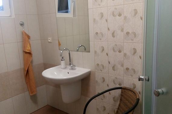 Koupelna u chatky č. 3