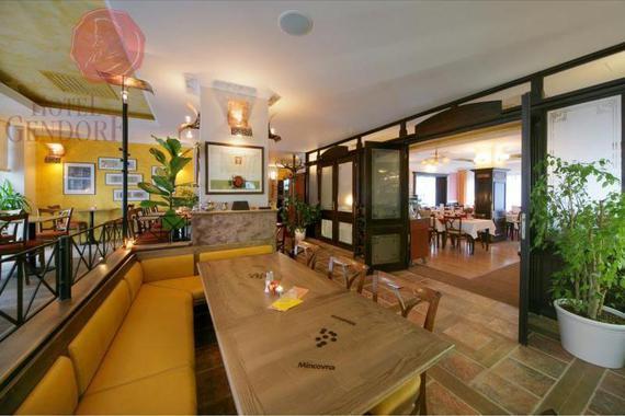 restaurace - kavárna