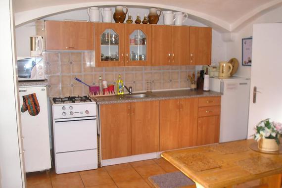 kuchyně v roubence