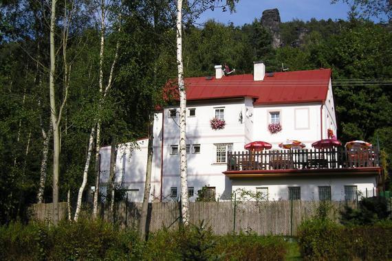 penzion-letní terasa
