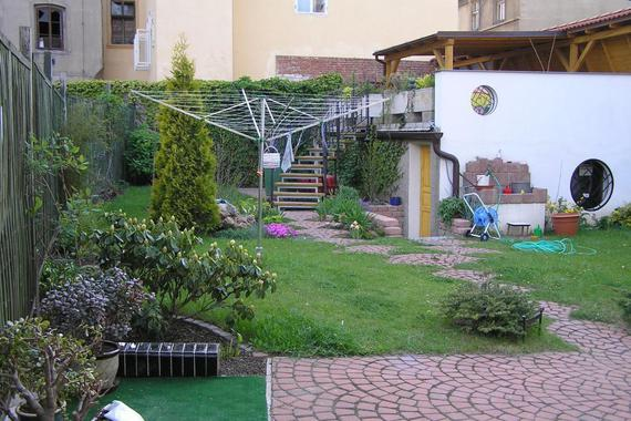 Zahrada s terasou