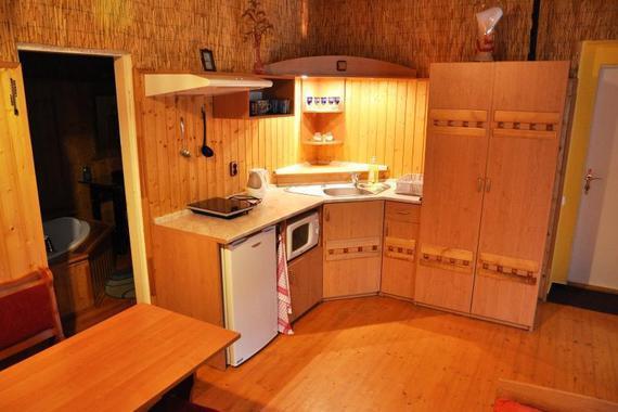 apartmán 2A kuchyň