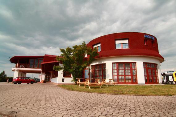 Eidk Trade Agency, spol. s r.o. - Motel ARKUS foto 1