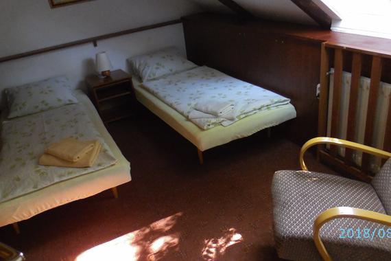 Apartmán - malý pokoj