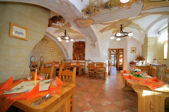 Restaurace a penzion Kovárna foto 4