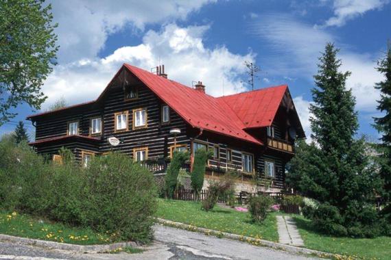 Jana Wawrzaczová - Horská chata Studeničné foto 1