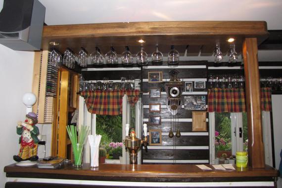 bar v jídelně