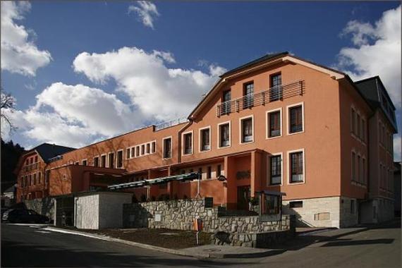 Hotel Dělnický dům v Odrách foto 1