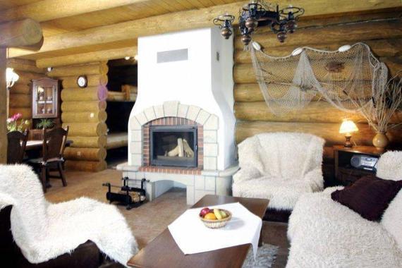 Kanadský srub Yukon - obývací pokoj