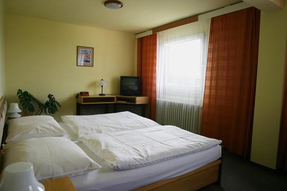 Hotel ZVÍKOV foto 2