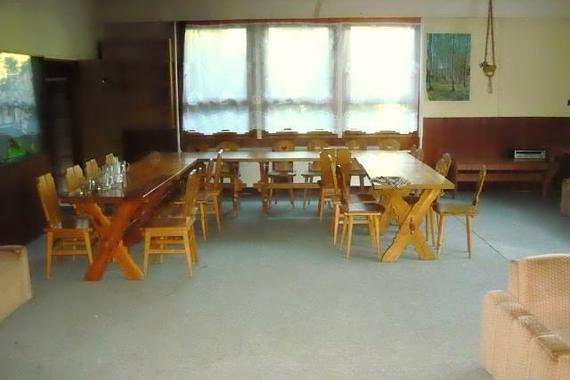Společenská místnost - oslavy, svatby, promoce, firemní školení