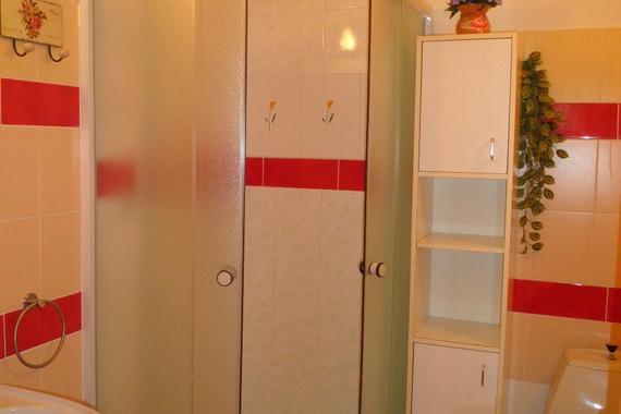 Pokoje č. 6,7  ,   koupelna