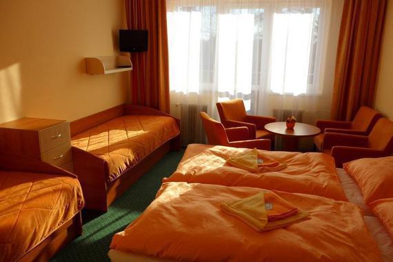 4 - lůžkový pokoj