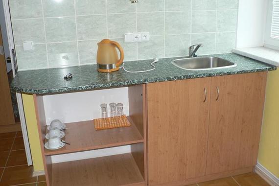 kuchyňka k dvoulůžkovému pokoji č.1