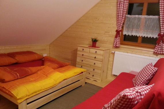 Ložnice apartmán č.8 a 9 se složenou pohovkou