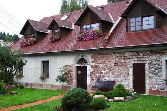 Apartmány Mladé Buky foto 1