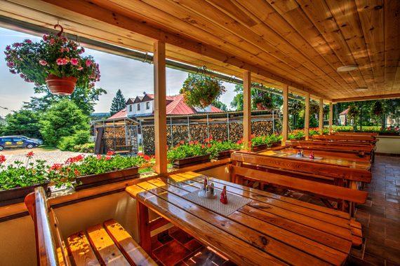 Restaurace Apartmány Podkůvka foto 6